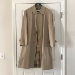 Vintage Men's Burberrys Car Coat 38R